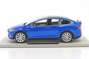 Modellautos Tesla Model X 1:18