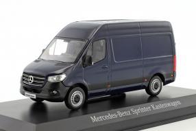 Modellautos Mercedes-Benz Sprinter 1:43
