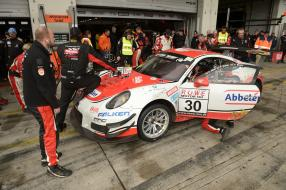 Frikadelli Racing Team Porsche 911 GT3 R (30) Nürburgring 2017