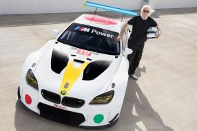 BMW M6 Art Car Baldessari mit John Baldessari