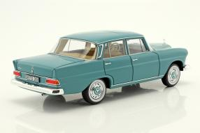 Mercedes-Benz 200 1966 1:18