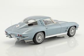 Modellautos Chevrolet Corvette C2 Sting Ray 1963 1:12