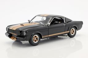 Ford Mustang Shelby 1966 1:18