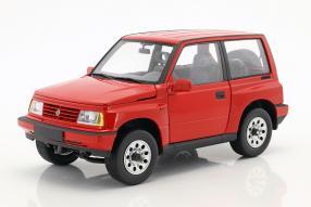Suzuki Vitara / Escudo 1:18