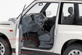 Modellautos Suzuki Vitara / Escudo 1:18