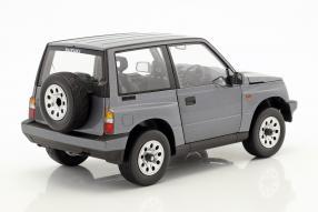 modelcars Suzuki Vitara / Escudo 1:18