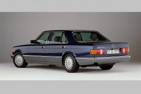 Mercedes-Benz 560 SEL W 126