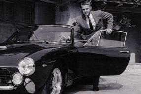 La famiglia di Steve McQueen attacca la Ferrari