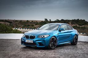 BMW M2 1:18
