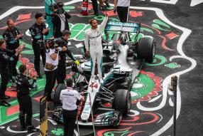 Lewis Hamilton gewinnt fünften WM-Titel, 2018, Daimler AG