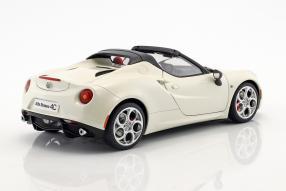 Modellautos Alfa Romeo 4C Spider 2015 1:18