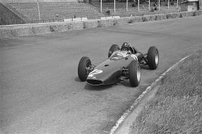 Graham Hill im BRM P57 / Foto: Harry Pot / Anefo