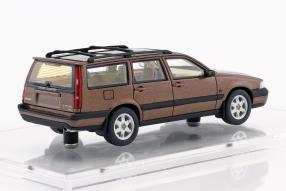 Volvo V70 XC 1997 1:43