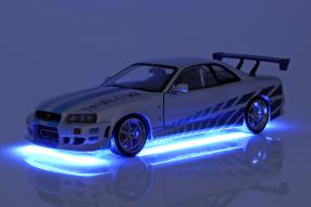 modelcars Brians Nissan GT-R 1999 1:18