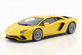 Modellautos Lamborghini Aventador S 2017 1:18