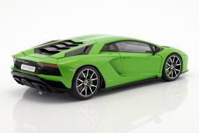 Modellbil Lamborghini Aventador S 2017 1:18