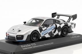 Messemodell Minichamps Porsche 935 1:43