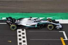 Neuer Mercedes-AMG F1 W10