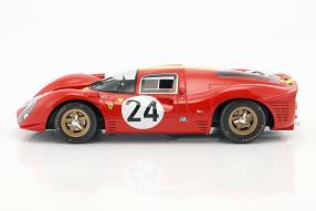Modellautos modelcars Ferrari 330 P4 1967 1:12