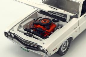 miniatures Dodge Challenger RT 19701:18