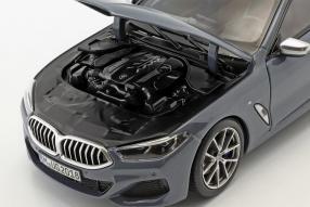 modellini BMW 8er Coupé 2018 1:18