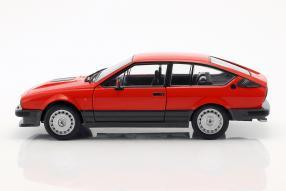 modellini Alfa Romeo GTV6 1984 1:18 Solido