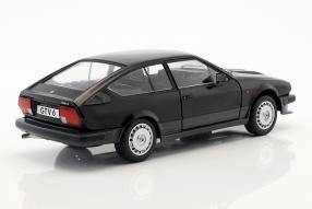 miniatures Alfa Romeo GTV6 1984 1:18 Solido