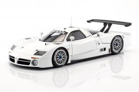 Nissan R390 GT1 Le Mans 1998 1:18