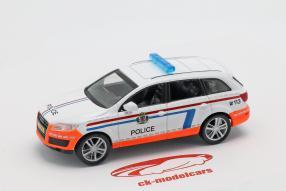 Audi Q7 Polizei 1:43