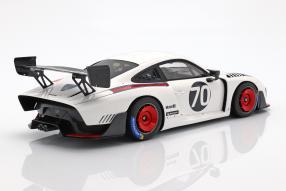 miniatures Porsche 935 911 II 2018 1:18 Spark Moby Dick