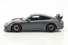 Modellautos modelcars Porsche 911 GT3 2017 1:18