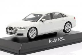 diecast miniatures Audi A8 L 2017 1:43