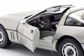 diecast miniatures Chevrolet Corvette C4 1:18