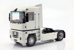 Renault Magnum II 2001 1:18