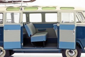 modellautos Volkswagen VW T1b Samba 1:18