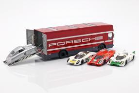 Modellautos Porsche Renntransporter Mercedes-Benz O 317 1:43