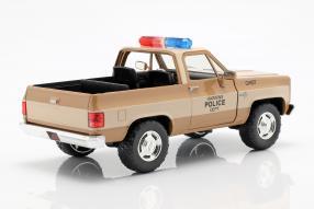 diecast miniatures Chevrolet Blazer Hopper, Stranger Things 1:24
