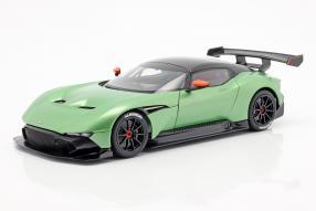 Aston Martin Vulcan 2015 1:18