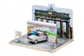 kit Trabant 601 30 Jahre Mauerfall 1:24 Revell