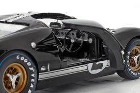 diecast miniatures Ford GT40 Mk. II No. 2 winner Le Mans 1966 1:18