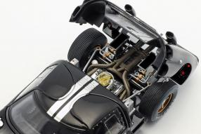 modelcars miniatures Ford GT40 Mk. II No. 2 winner Le Mans 1966 1:18