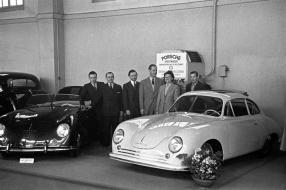 Porsche 356 Gmünd Coupé 1949 auf dem Genfer Salon, copyright Foto: Porsche AG
