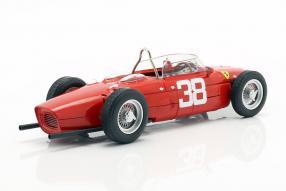modellautos Ferrari 156 Sharknose 1961 1:18 CMR