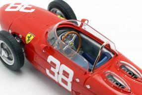 modelcars Ferrari 156 Sharknose 1961 1:18 CMR