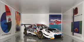 modellautos Porsche 911 GT3 R KÜS Team75 Bernhard 2018 1:18 Minichamps, copyright Foto: JT