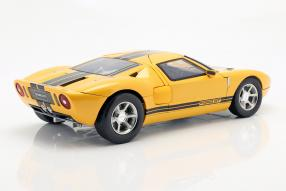 diecast miniatures Ford GT concept 2004 1:12