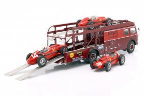 Renntransporter Ferrari 1:18 CMR