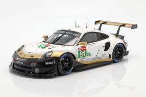 miniatures Porsche 911 RSR Markenweltmeister 2018/19 1:18
