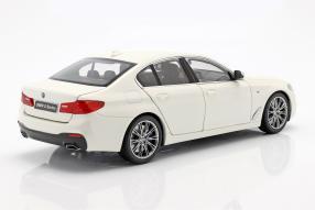 diecast miniatures BMW 5er 2017 1:18