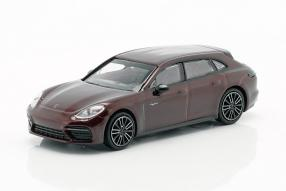 Porsche Panamera Sport Turismo 2017 1:87